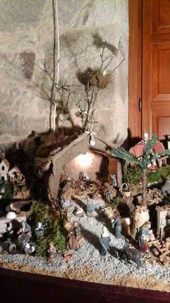 resized_familia de la parroquia de San Juan de Buxan, en Rois3